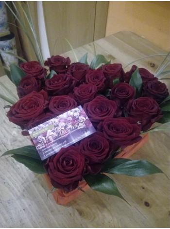 Цветы в коробке 16